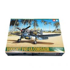 61070 Самолет Vought F4U-1A Corsair